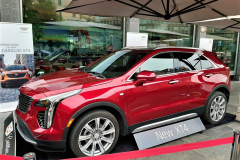 Cadillac-XT4-2019-Side
